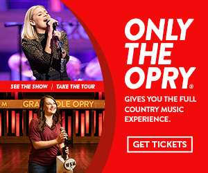 Brad Paisley playing at Grand Ole Opry
